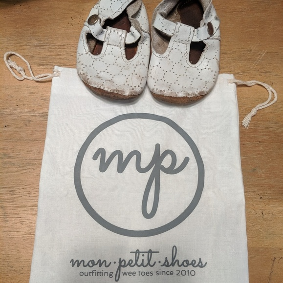mon Petit Other - Mon Petit leather baby Mary Jane's size 4 toddler